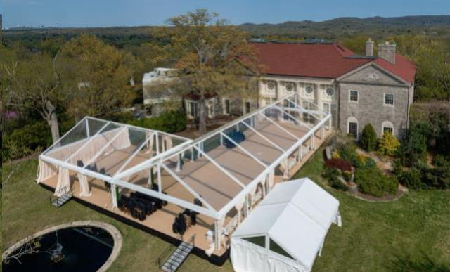 Where to find Clear Frame Tents in Charleston